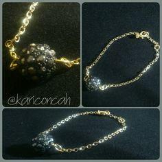 Bracelet gold pulseira dourada com bola de strass preta by @kariconcah #pulseira #semfiltro