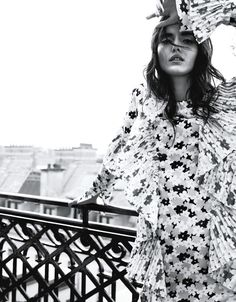 Blanca Padilla | Chic Fashion Editorial | Grazia Italy Cover