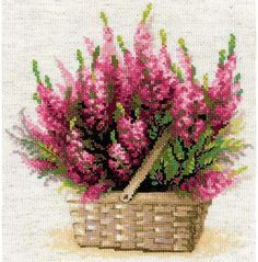 Riolis Scottish Heather Flowers - Cross Stitch Kit. This cross stitch kit contains 14 count flaxen Zweigart Aida fabric, woolen and acrylic yarn in twenty-six d