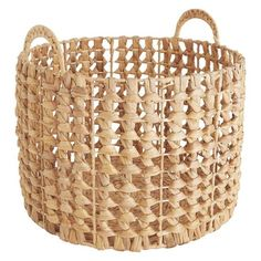 A handsome design with a distinctive open weave, the Begera round water hyacinth storage basket provides an attractive home for toys, towels and more.[br]Offering great quality at an exceptional price, the hand-woven basket is exclusive to Habitat. Modern Rustic Interiors, Modern Interior Design, Seagrass Storage Baskets, Wicker Baskets, Clothes Basket, Rustic Kitchen Design, Round Basket, Upcycled Home Decor, Boho Diy