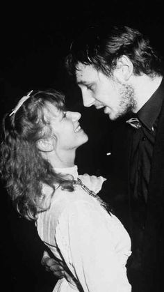 I didn't know Liam Neeson and Helen Mirren used to be a couple and I feel like I've been missing out. Adorable
