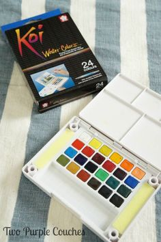 Love this watercolor set for beginner watercolorists! Learning How To Watercolor via www.twopurplecouches.com