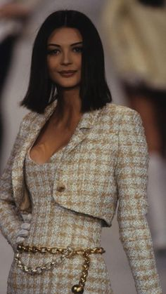 Look Fashion, 90s Fashion, Couture Fashion, Runway Fashion, High Fashion, Vintage Fashion, Fashion Outfits, Fashion Design, Chanel Fashion Show