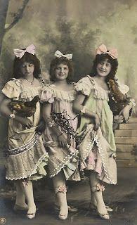 **FREE ViNTaGE DiGiTaL STaMPS**: Free Vintage Image - Three Maiden Ladies