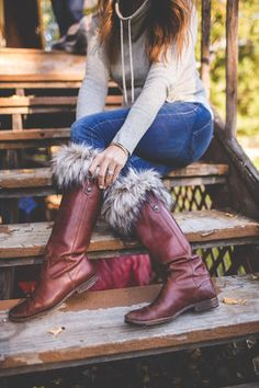 RoyalScout&Co.- Fur Boot Cuffs