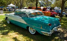 1956 Oldsmobile 88 Holiday Coupe - white & turquoise LOOKS LIKE MOM & DADS EXCEPT THEY HAD TURQUOISE FENDER SKIRTS.