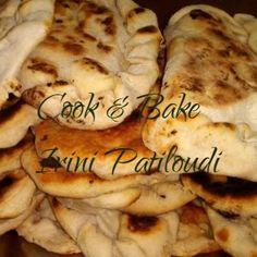 Πίτα σπιτική της Foteini Kokkonesi - Cook-Bake Greek Recipes, Easter, Meat, Chicken, Baking, Food, Bakery Business, Bakken, Meals