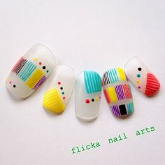 モノトーンなテキスタイル柄ネイルの画像 | 茨城県水戸市プライベートネイルサロン flicka Nail Arts