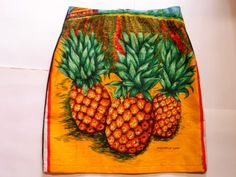 Pineapple skirt size 10