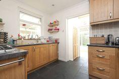 Kitchen 10'4 x 8' (3.15 x 2.44m)