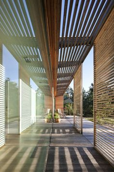 the-hakansson-tegman-house-18  Stunning shade structure