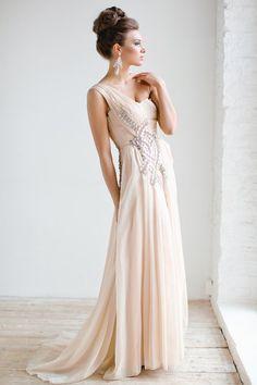 Full on Glamour: Timeless Wedding Hairstyles - MODwedding