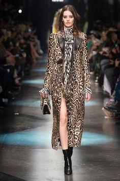 Défilé Roberto Cavalli automne-hiver 2015-2016, Milan - Look 4.