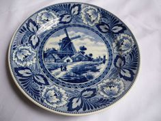 Delfts Royal Sphinx Maastricht Holland  9 -inch  Hanging Plate