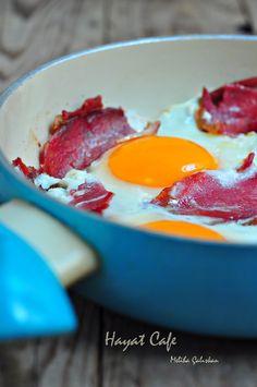 Nefiss Pastırmalı yumurta