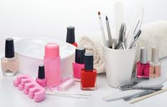 The handsome and well-maintained manicure may be a fact and at home. It, however, extends beyond applying quality colored nail polish on your nails. In order to create a perfect vision of your manicur How To Do Manicure, Manicure At Home, Manicure Tools, Diy Manicure, Old Nail Polish, Clear Nail Polish, White Nail Polish, Cuticle Remover, Round Nails