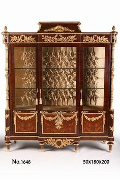 A royal French Louis XVI style ormolu-mounted veneer and marquetry inlaid China Cabinet after the model by Frédéric Durand et Fils, based on a model by Martin Carlin, Paris, Last Quarter Century, Rococo Furniture, Antique French Furniture, Italian Furniture, Cool Furniture, Classic Furniture, Louis Seize, Luis Xvi, Luxury Dining Room, Objet D'art