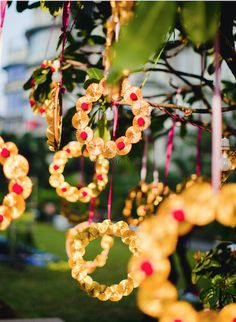 Gota Patti Rings- You can decorate your mehendi venue or wedding venue with these gotta patti circular hangings. Not just they look absolutely beautiful but also an easy and cost-effective way of decorating your function venue.