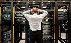 Server harddsiklerinde meydana gelebilecek sorunlar şirketiniz için hayati önem taşıyabilmektedir. Yaşanabilecek yazılımsal veya donanımsal tüm problemlerde laboratuvar ortamında başarılı işlemler yaparak verilerinize ulaşabilmekteyiz. SQL veri tabanlı sorunlarda  başarılı bir şekilde datalarınıza ulaşmaktayız. Genel olarak serverlerde birden çok harddisk bulunmakta ve çeşitli yapılandırmalar ile hızlı ve güvenli çalışması sağlanmaktadır.