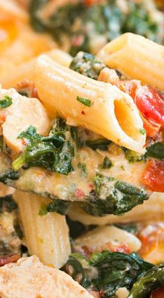 Bacon Spinach Chicken Pasta (in a creamy garlic sauce)