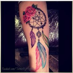 tribal dreamcatcher tattoo designs - like the rose and colorful feathers Future Tattoos, New Tattoos, Body Art Tattoos, Sleeve Tattoos, Tatoos, Atrapasueños Tattoo, Piercing Tattoo, Piercings, Pretty Tattoos