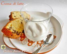 Crema di latte ricetta col Bimby, ottima da gustare in coppa con biscottini di pasticceria oppure per farcire torte al cioccolato, ma anche torte di frutta.