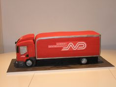 Norbert Dentressangle Red Truck Lorry HGV Cake Truck Birthday Cakes, Truck Cakes, Cake Stencil, Gum Paste Flowers, Celebration Cakes, Cake Designs, How To Make Cake, Fondant, Cake Decorating