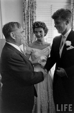 Jacqueline and John F. Kennedy  Keywords:  #famousweddings #jacquelinekennedy #jevelweddingplanning Follow Us: www.jevelweddingplanning.com  www.facebook.com/jevelweddingplanning/