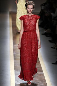 Spring Summer 2012 Ready-To-Wear - Paris // Valentino--yes, I'm ready to wear that to the Opera in Milan lol
