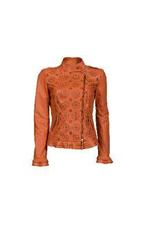 Chiodo romantico pelle traforata   #luisaspagnoli #clothes #abbigliamento #abbigliamentodonna #womenswear #springsummer #primaveraestate #springsummer2014 #primaveraestate2014 #moda2014 #abiti