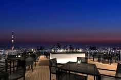 東京「天空觀景酒吧」221米高空俯瞰星河