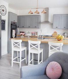 Grey Kitchen with Pink accents Oak worktops and Pink And Grey Kitchen, Grey Kitchen Floor, Light Grey Kitchens, Kitchen Flooring, Kitchen Modern, Copper And Grey Kitchen, Cheap Kitchen, Farmhouse Kitchen Decor, Home Decor Kitchen
