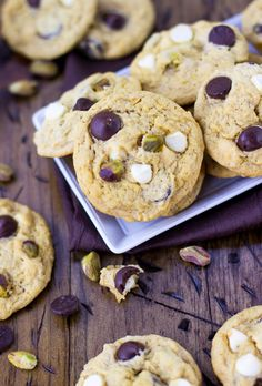 While most pumpkin cookies end up cakey and thick, these chewy pumpkin cookies are soft, chewy and packed with pistachios and white & dark chocolate chips