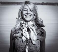 Jodi Mallinson loving life! Clothing Labels, The Chic, Feeling Great, Her Style, Designer Dresses, Elegant, Life, Clothes, Women