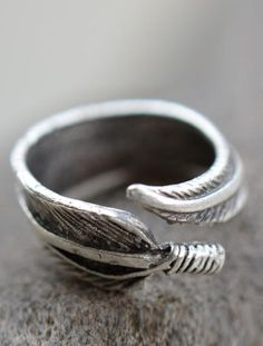 Lone Feather Ring