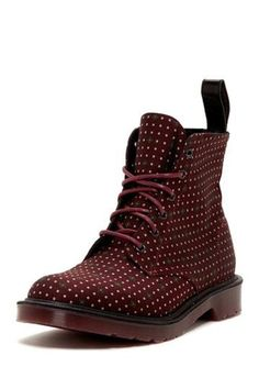 The Best Men's Shoes And Footwear : Dr. Martens Munroe Dotted Boot -Read More – Sock Shoes, Cute Shoes, Me Too Shoes, Shoe Boots, Dr. Martens, Dr Martens Boots, Best Shoes For Men, Men S Shoes, Fashion Shoes