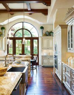 uniqueshomedesign:  Beautiful Kitchen charisma design