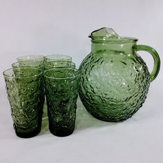 A beautiful set of 6 Anchor Hocking Milano/Lido tumblers and water pitcher. Avocado Green glass. Excellent condition, no chips or cracks!