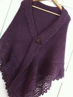 Ravelry: Project Gallery for Clematis pattern by Laura Patterson
