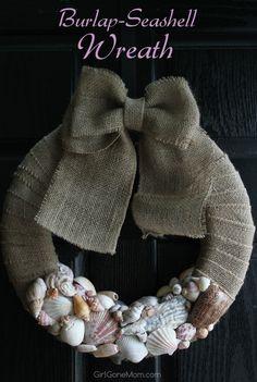 Burlap Seashell Wreath - Girl Gone Mom Seashell Wreath, Nautical Wreath, Seashell Art, Seashell Crafts, Beach Crafts, Crafts To Do, Adult Crafts, Burlap Crafts, Burlap Bows