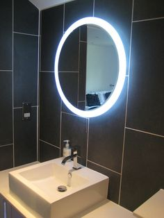Illuminated Round Led Halo Bathroom Mirror With Demister Heat Pad Frosted Border