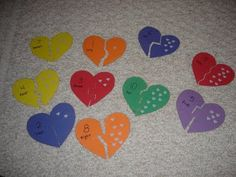 matching hearts - MATH - match number on one side to the number of punched out holes on the other side. Other shapes can be made with cookie cutters, then cut into two pieces. Head Start Preschool, Preschool Learning, Kindergarten Math, Preschool Winter, Preschool Ideas, Learning Activities, Teaching Kids, Valentines Day Activities, Valentines For Kids