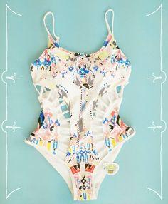 Bikini hut swimwear