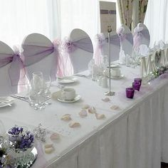 Top table with side bows