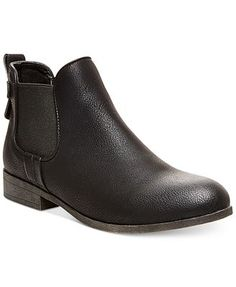 761ac33b1593d Lord   Taylor Online Store - Shop Designer Shoes