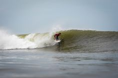 JEFF FINDING THE ONLY HEAD DIPS OF THE DAY. PHOTO JOHN MANZONI