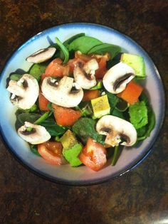 Day 3! Spinach, mushroom, avocado, tomato, and iceberg, with lots of pepper!