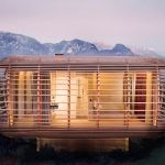Prefab homes kits that sustainable and affordable. Find modern prefab / prefabricated modular homes plans / designs / ideas eco-friendly here. Architecture Design, Amazing Architecture, Minimalist Architecture, Portable House, Winter Cabin, Prefab Homes, Modular Homes, My Dream Home, Habitats