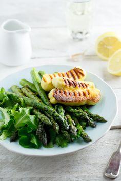 Grilled Asparagus salad with Haloumi