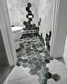 marbre vert salle de bain mélange parquet carrelage